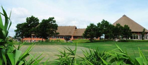 Chơi golf tại Cúc Phương Resort & Spa